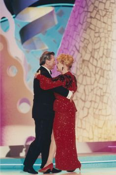 debbie reynolds and donald o connor at the american comedy awards on . Hollywood Party, Hooray For Hollywood, Golden Age Of Hollywood, Vintage Hollywood, Hollywood Stars, Classic Hollywood, Donald O Connor, Famous Women, Famous People