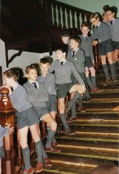 the gryffindor second year boys on the stairs. james, remus, peter, and sirius are in in front. taken by a grumbling lily, asking them all to please stop fidge School Boy, School Uniform, Ropa Interior Boxers, School Shorts, Boys Uniforms, Bcbg, Poses References, Boy Shorts, Pretty Boys