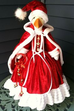 Goose Outfit Santa S Sweetheart Goose Clothes Designed By Linda Ebay In 2020 Family Sculpture Goose Clothes Clothes Design