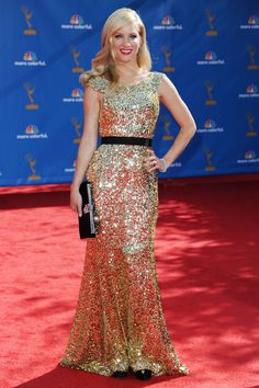 """Heather Morris plays Brittany Pierce on """"Glee"""" -- probably my favorite character on that show. Gold Sequin Gown, Silver Dress, Gold Dress, Dress Up, Best Celebrity Dresses, Celebrity Style, Lovely Dresses, Formal Dresses, Sparkly Dresses"""