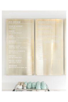 Artihmetic, agence de design global canadienne basée en Vancouver, présente La Glace, un glacier Premium spécialisé dans la crème glacée française à l'identité de marque expérimentale.  #design  #retail