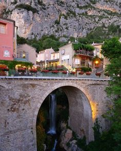 Moustiers Sainte-Marie | Beautiful towns in France