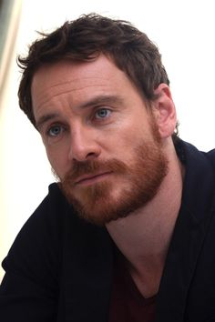 Michael Fassbender better be careful, lest someone catches the beard of reason! Ginger Men, Ginger Beard, Actrices Hollywood, James Mcavoy, Hommes Sexy, Jake Gyllenhaal, Moustaches, Attractive Men, Beard Styles