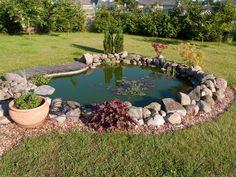 Think About the Modern Garden Pond Design Ideas for Interior Designing Garden Pond Design, Garden Edging, Backyard Water Feature, Ponds Backyard, Garden Ponds, Pond Landscaping, Fish Ponds, Small Ponds, Small Gardens