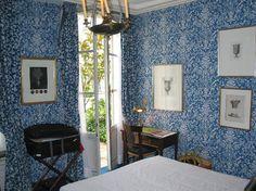 DUC DE SAINT SIMON, Paris, France having low rates for rooms in Paris DUC DE SAINT SIMON with hotel reviews and photo's