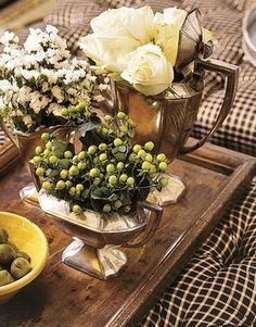 COMFORT & LUXURY: A Closer Look: Randy Florke's Farmhouse Style