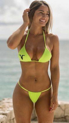 Mädchen In Bikinis, Bikini Swimwear, Swimsuits, Sexy Bikini, Bikini Girls, Jolie Lingerie, Bikini Poses, Woman, Curvy Women