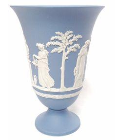 Wedgwood Blue Jasperware: 1983 Footed Vase