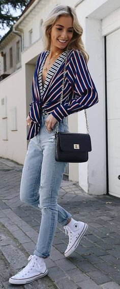 amazing outfit / stripped shirt + bag + jeans + converse