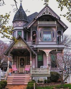 Style At Home, Beautiful Buildings, Beautiful Homes, Old House Design, Victorian Style Homes, Victorian Homes Exterior, Victorian Cottage, Modern Victorian, Victorian Decor