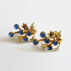 Sapphire Blue Rhinestone Earrings Vintage by baublology on Etsy #vogueteam…