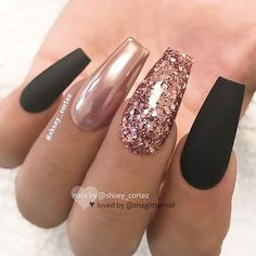Black and Rose Gold Nails - Rose Gold Glitter Nails - Rose Gold Chrome Nail Polish - Gorgeous Rose Gold Nails Perfect For Summer -Rose Gold Nail Polish, Rose Gold Chrome Nails, Rose Gold Glitter, Rose Gold Gel Nails Coffin Nails Long, Long Nails, My Nails, Stiletto Nails, Hair And Nails, Coffin Nails 2018, Glam Nails, Fancy Nails, Gold Nail Designs