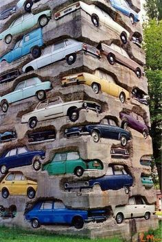 "ARMAN ""Long Term Parking"", completed in the sculpture is an high accumulation of 60 automobiles embedded in over kg lbs.) of concrete. Located in Parc de sculpture Le Montcel, Jouy-en-Josas, France. Land Art, Art Sculpture, Sculptures, Concrete Sculpture, Fondation Cartier, Instalation Art, Urbane Kunst, Wow Art, Art Plastique"