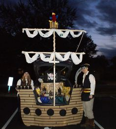Halloween Pirate Ship Trunk or Treat design. 21 Clever Trunk or Treat Ideas. Trunk or Treat Wall Was Pirate Halloween, Halloween 2017, Holidays Halloween, Halloween Treats, Fall Halloween, Halloween Party, Halloween Costumes, Happy Halloween, Halloween Camping