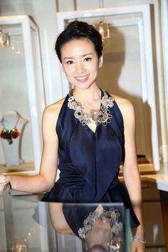 董潔 with Tataborello necklace