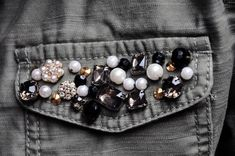 DIY :: Embellished Military Jacket – My Little Secrets Clothes Horse, Diy Clothes, Clothes For Women, Ropa Upcycling, Collar And Cuff, Couture, Diy Fashion, Military Jacket, Collars