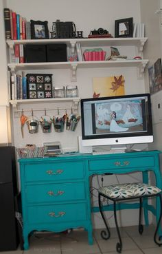 Cute small desk space. I have a white desk, what color shall I paint it? Blue or green??