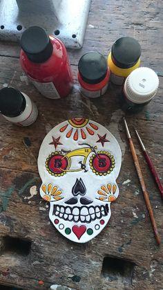 Sugar skull..Urbaz 55...Design and handpainted by Peer Vet - Perro Leatherworks