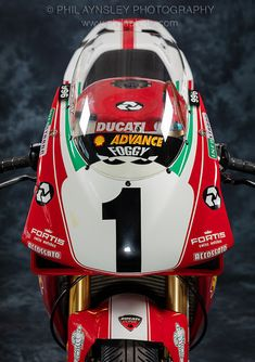 Racing Cafè: Ducati 996 Factory C. Ducati 996, Ducati Superbike, Moto Ducati, Ducati Cafe Racer, Ducati Motorcycles, Cafe Racers, Valentino Rossi, Grand Prix, Biker Photography