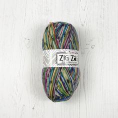 Knitting Kits, Knitting Yarn, Knitting Patterns, Buy Socks, Cool Socks, Chunky Yarn, Sock Yarn, Needles Sizes, Zig Zag
