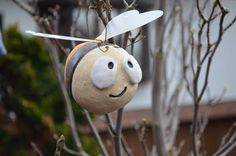 "Gartendekoration - lustige Hummel ""Biene"" - ein Designerstück von HolzToenchen bei DaWanda Clay Creations, Diy Art, Needle Felting, Decoration, Sculpting, Polymer Clay, Carving, Pottery, Christmas Ornaments"