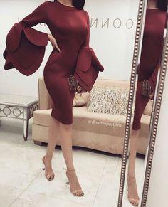 Gmorning , with amazing dresses ( ) . Muslim Fashion, Hijab Fashion, Fashion Dresses, Love Fashion, Girl Fashion, Womens Fashion, Fashion Design, Fashion Beauty, Dress Skirt