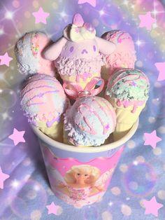 Cute Snacks, Cute Desserts, Kawaii Dessert, Pink Foods, Cafe Food, Aesthetic Food, Food Cravings, Sweet Treats, Yummy Food