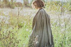 Бежевое пальто Kimono Top, Tops, Women, Fashion, Moda, Fashion Styles, Fashion Illustrations, Woman