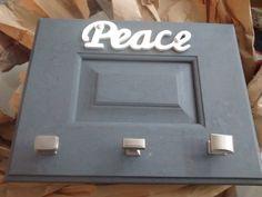 Upcycle Cabinet Door. Crackle Paint