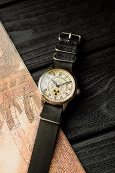 Old Watches, Antique Watches, Watches For Men, Vintage Watches For Sale, Husband Gifts, Popular Watches, Beautiful Watches, Mechanical Watch, Watch Sale