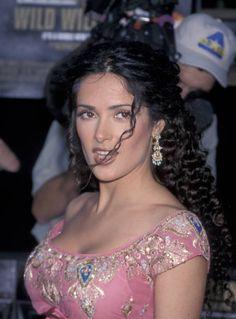 Estilo Salma Hayek, Salma Hayek Style, Salma Hayek Body, Selma Hayek, Beautiful Celebrities, Gorgeous Women, Salma Hayek Pictures, Indian Beauty, Bollywood Actress