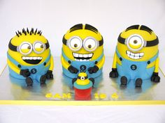 Minion Madness! - by hellobabycakes @ CakesDecor.com - cake decorating website
