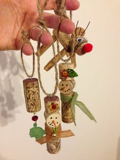 Wine cork ornaments-I have lots of corks from working at the restaurant. I can use them finally!