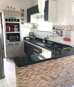 Simple Kitchen Design, Kitchen Room Design, Contemporary Kitchen Design, Home Room Design, Interior Design Kitchen, House Design, Small Kitchen Makeovers, Kitchen Cupboard Designs, Modern Kitchen Interiors