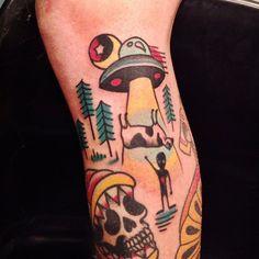 Ovni Tattoo done at LTW Tattoo Barcelona    #ltwtattoo #norteone #norte #ovni #tattoo #cow #alien #tattoo #barcelona