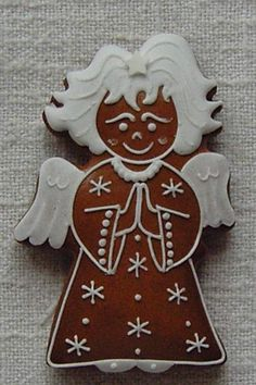 český perníček Angel Cookies, Christmas Cookies, Christmas Ornaments, Christmas Gingerbread, Gingerbread Cookies, Cooking Tools, Cookie Decorating, Holiday Decor, Design