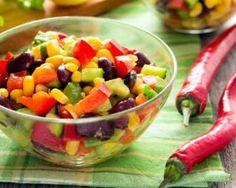 Salade tex-mex multicolore aux haricots rouges : http://www.fourchette-et-bikini.fr/recettes/recettes-minceur/salade-tex-mex-multicolore-aux-haricots-rouges.html