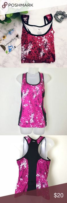 """Fila 