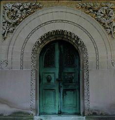Green door **