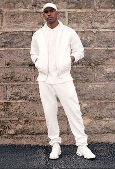 All White Swag. UK artist Skepta is known to shutdown the stage. Member of the Boy Better Know crew (BBK), and brother to Grime rapper, JME. Expect dope music, style and fashion. All White Mens Outfit, White Outfits, Men Street, Street Wear, White Tracksuit, Lacoste, Track Suit Men, Best Dressed Man, White Man
