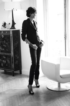 LOVE Ines… such a lovely & stylish lady. Love and live by her book, Parisian Chic. A Style Guide by Ines de la Fressange