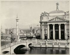 Photo of Chicago Agricultural Building in 1893 World's Fair