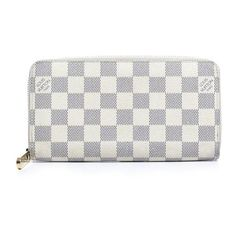 Pre-Owned Louis Vuitton Damier Azur Zippy Organizer Wallet (960 AUD) ❤ liked on Polyvore featuring bags, wallets, white, louis vuitton bags, louis vuitton wallet, leather zipper wallet, real leather wallets and leather bags