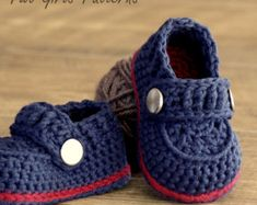 Crochet patterns -  Baby Boy Booties - The Sailor - Pattern number 203 Instant Download