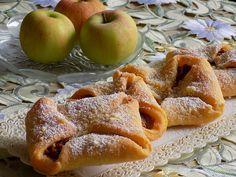 Czech Recipes, Desert Recipes, Apple Pie, Waffles, French Toast, Deserts, Treats, Breakfast, Sweet