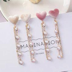 Korean Jewelry, Korean Earrings, Korean Fashion Trends, Korean Street Fashion, Pink Love, Heart Earrings, Pearl Necklace, Hair Accessories, Pearls