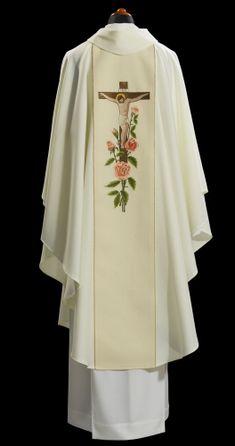 Priest Costume, Xhosa Attire, Communion Sets, Altar Cloth, Church Fashion, Church Interior, Church Design, Gothic, Kimono Top