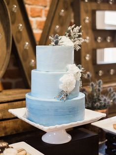 Watercolor Wedding Cakes Might Be the Next Big Wedding Trend - - Hochzeitstorte Black Wedding Cakes, Unique Wedding Cakes, Wedding Cake Designs, Cake Wedding, Snowflake Wedding Cake, Wedding Desert, Gift Wedding, Cake Pink, Blue Cakes