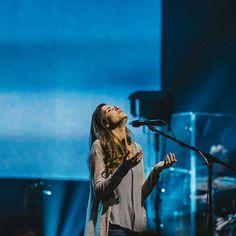 Kristene Dimarco Worship Leader, Praise And Worship, Taya Smith, Church Fellowship, Christian Music Artists, Romans 5 8, Bethel Music, Jesus Is Life, Hillsong United