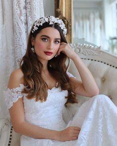 30 Attractive Bride Makeup Ideas ❤ bride makeup for wedding bright lips stormemakeupartist #weddingforward #wedding #bride #bridemakeup #weddingmakeup